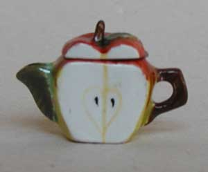 APPLE SLICE TEAPOT - Click Image to Close