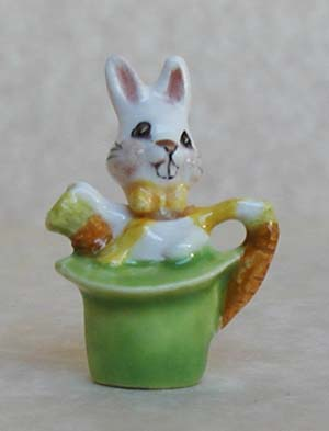 RABBIT IN HAT TEAPOT
