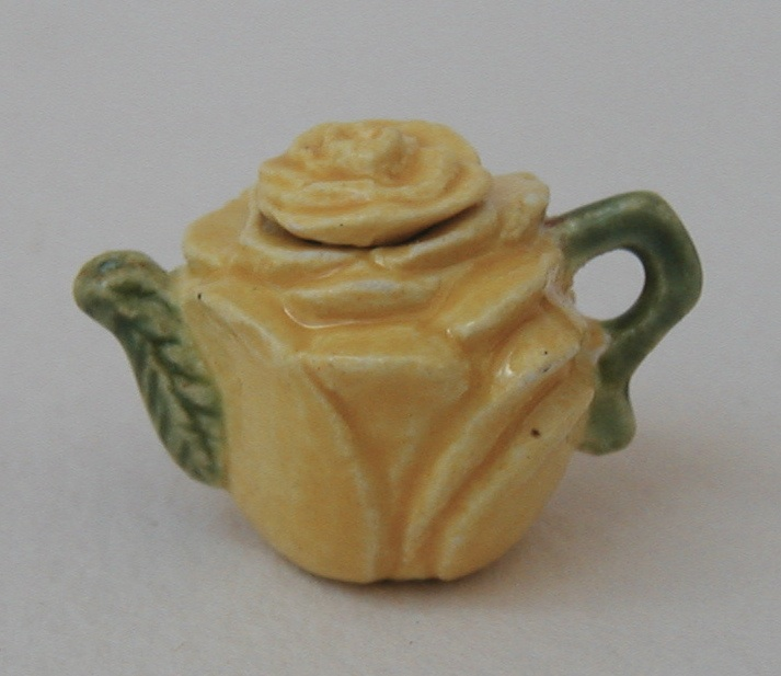 ROSE TEAPOT - YELLOW