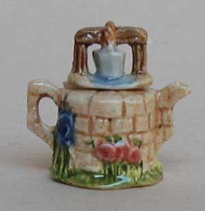 WISHING WELL TEAPOT